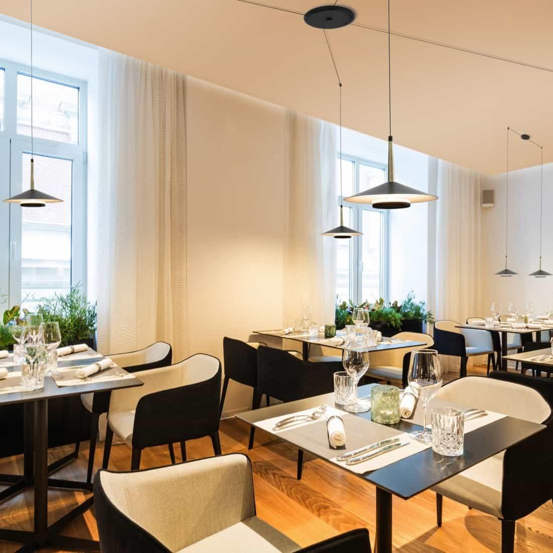 Pendule hotel/restaurant